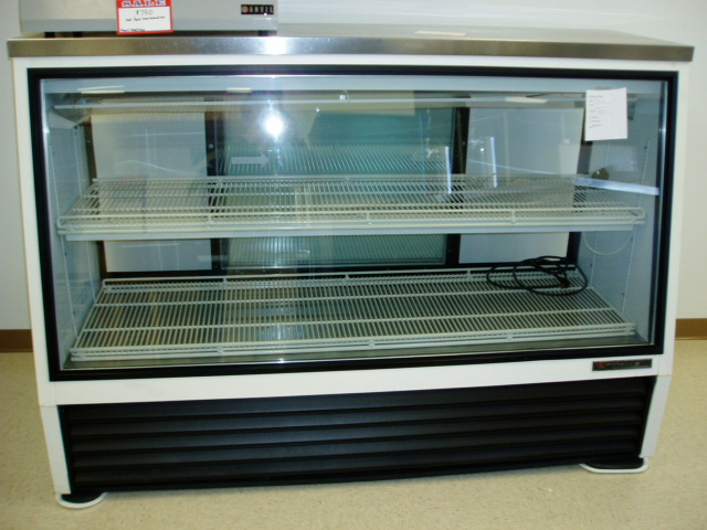 True TSIP 72-27211 Deli Case