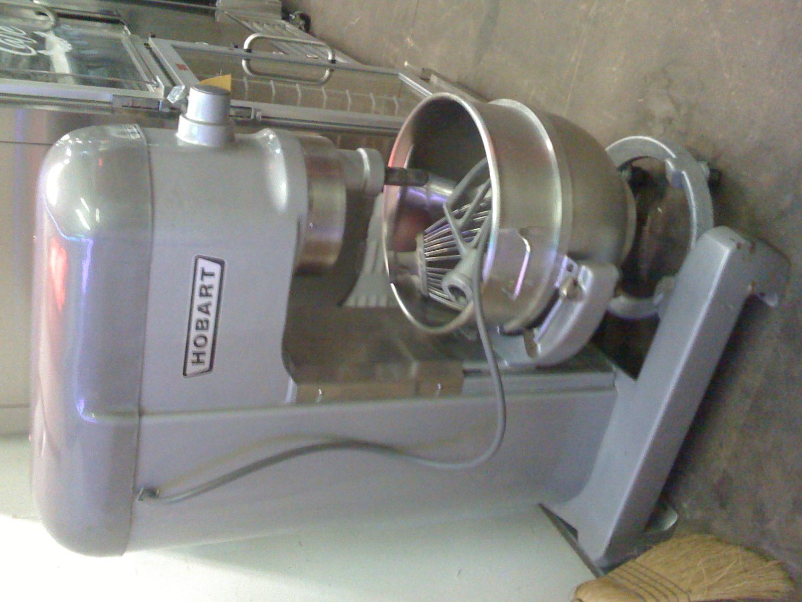 Like New HObart 60 quart mixer