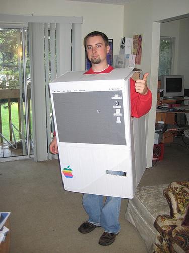 mac_costume_2