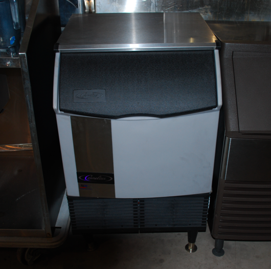 Used new commercial ice machines for sale at one fat for Ice makers for sale