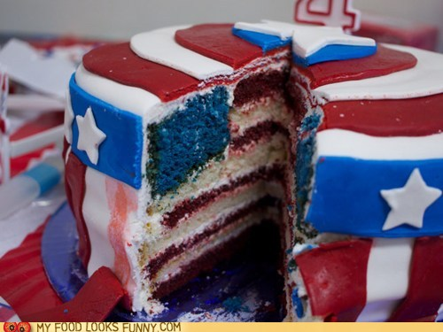 funny-food-photos-captain-america-cake-is-patriotic