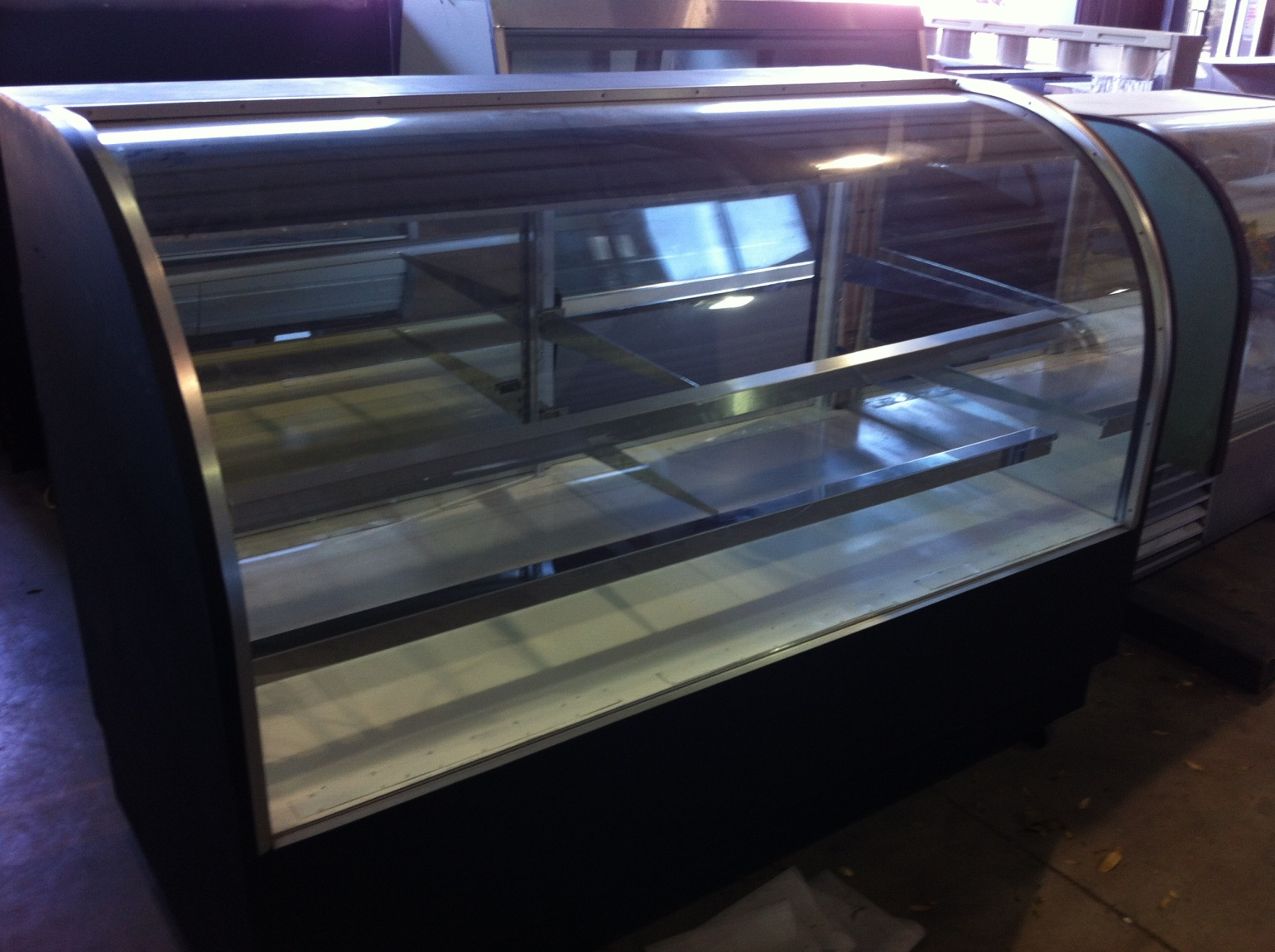 Display Case - Curved Glass 2