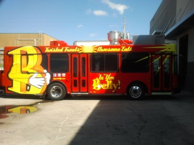 Inyerbelly food bus stopped by our new facilities on Thursday.